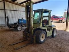 Clark IT-40 Forklift