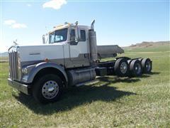 2005 Kenworth W900B Tri/A Truck Tractor
