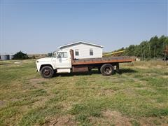 1973 Ford F600 S/A Flatbed Truck