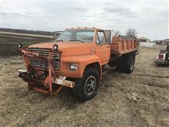 1983 Ford F7000 Dump Truck