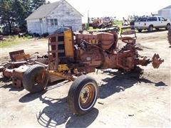 1961 Minneapolis-Moline M5 2WD Tractor