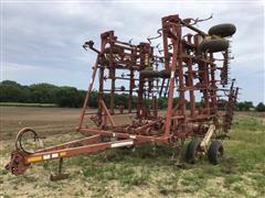 Krause 4241 Field Cultivator