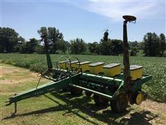 John Deere 7000 6R30 Pull Planter