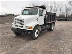 2000 International 8100 Dump Truck