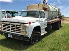 1975 Ford F750 Conventional Cab Flatbed Truck