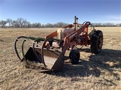 Case 401 2WD Tractor W/Loader