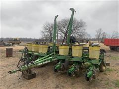 """John Deere 7200 12R30"""" Planter"""