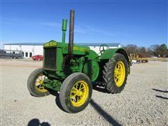 1935 John Deere D 2WD Tractor