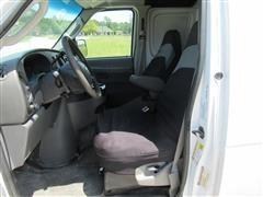2007 Ford Econoline (17).JPG