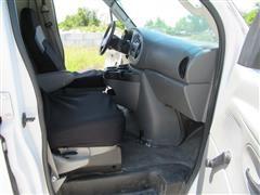 2007 Ford Econoline (18).JPG