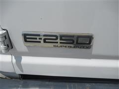 2007 Ford Econoline (24).JPG