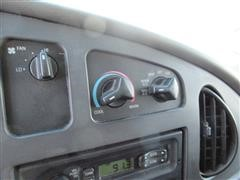2007 Ford Econoline (50).JPG