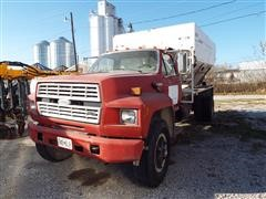 1989 Ford F-800 Fertilizer Tender Truck