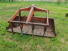 DU-AL Loader W/Bucket, Grapple & Forklift Attachment