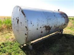 2000 Gallon Fuel Tank On Metal Skid
