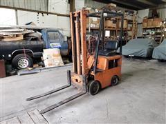 Clark Forklift