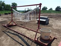 Freeland Free Standing Cattle Oiler/Scratcher