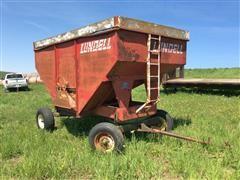 Lundell 1290 Gravity Wagon