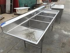 Universal Stainless Steel Commercial Grade Sinks And Tables