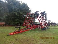 2014 Case IH Tiger-Mate 200 Field Cultivator