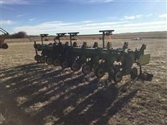 John Deere 885 8R30 Cultivator