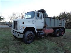 1978 Ford 800 T/A Dump Truck