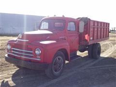 1950 International L160 Grain Truck