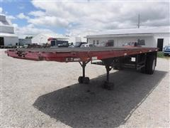 1946 Omaha 25' S/A Flatbed Trailer