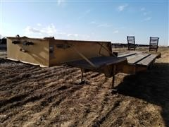 1972 Transport Tri/A Fixed Neck Lowboy Trailer