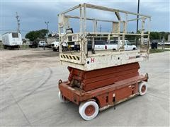 Snorkel Electric Scissor Lift