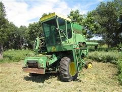 John Deere 4400 Corn-Grain-Soybean Combine