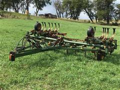 Kewanee 270 Super Shank Field Cultivator