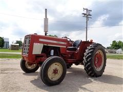 1973 International 454 Compact Utility Tractor
