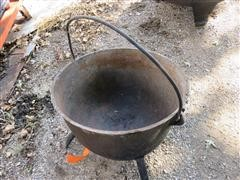 Old 25 Gallon Cast Iron Pot