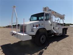 2005 Freightliner FL70 S/A Digger Derrick Truck