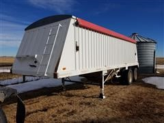1997 DMF GT-2-26 T/A Grain Trailer
