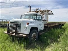 1976 International Loadstar 1750 T/A Truck W/Stack Mover Bed