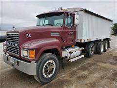 1994 Mack CH613 Tri/A Grain Truck