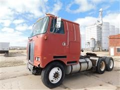 1984 White/GMC Cabover T/A Truck Tractor