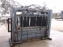 1997 Moly Mfg Silencer Commercial Pro Hydraulic Squeeze Chute