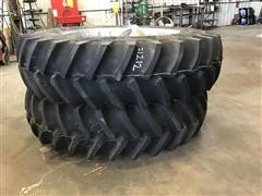 480/80 R42 Complete Set Of Mounted Combine Duals W/Ladder Extension