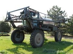 1998 Walker 44 Self-Propelled Sprayer