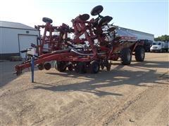 Case IH NTX5310 Strip Till Unit W/Fargo Air 3350 Commodity Cart