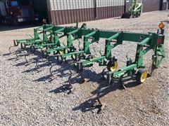 """John Deere 825 6R30"""" Spacing Cultivator"""