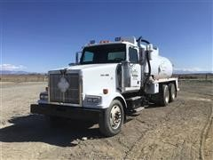 1999 Western Star 4964 T/A Vacuum Truck