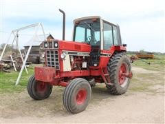 1981 International 1086 2WD Tractor