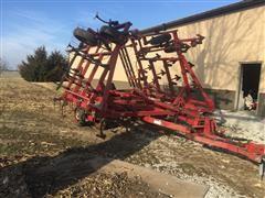 Case International 4800FLCU Field Cultivator