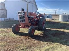 1976 International 1066 2WD Tractor