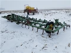 John Deere 1100 3 Pt Field Cultivator
