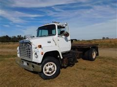 1986 Ford 9000 S/A Truck Tractor With Flatbed